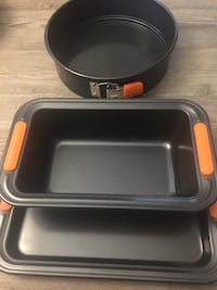 New Le Creuset (Set of 3) Nonstick and Silicone Bakeware Washington, 20001