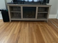 Wooden tv stand Portland, 97209