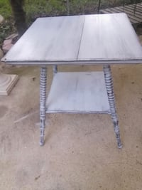 Refinished distressed antique pedestal table Columbus, 31907