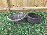 2 outdoor baskets Sterling, 20164