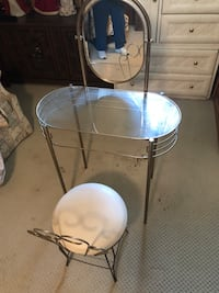 Makeup table Andrews, 29510