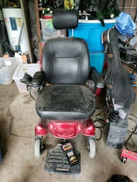 black and red mobility scooter no battery  McAllen, 78501