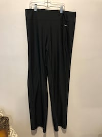 Nike dry fit pants Winnipeg, R3T