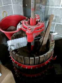 Wine Press - Completly Restored. Like new Montréal, H8P 1W7