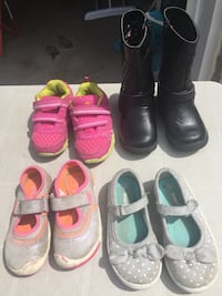 Toddler's four pairs of shoes Aurora, L4G