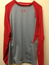 Under Armour Long Sleeved T-Shirt Vernon, V1T 8L1
