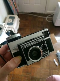 Instamatic x-45 great condition vintage camera wit