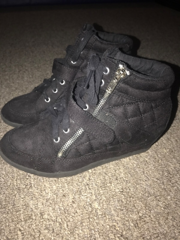 fed600ccdd579 Used Justice wedge Sneakers for sale in Smithtown - letgo