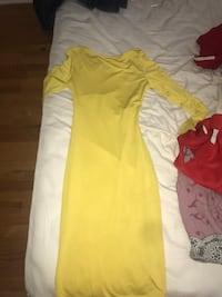 women's yellow long-sleeved maxi dress Hoffman Estates, 60010