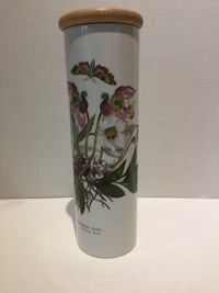 The Botanic Garden Portmeirion Pasta Canister Christmas Rose Burlington