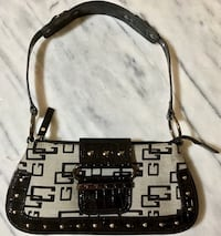 Original GUESS Small Purse ~ New without Tags Hobo Style Omaha, 68144