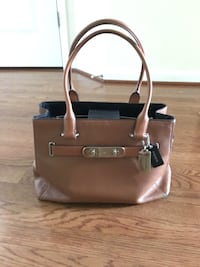 Brown leather 2-way handbag Bryans Road, 20616