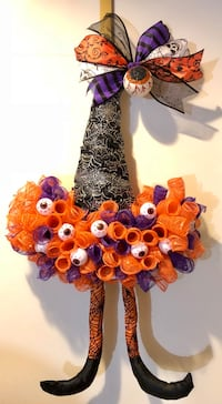 Halloween witch hat wreath  Berwyn, 60402