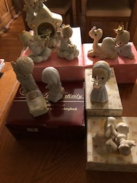 Precious Moments collectibles new in boxes  Flanders, 07836