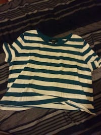 Blue striped forever 21 crop top Toronto, M9W 2R2