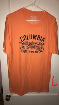 Columbia t size L Lubbock, 79413
