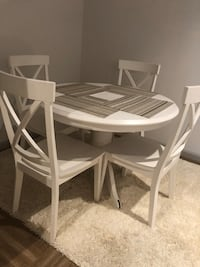4 seater dining table and book case combo Sandy Springs, 30342