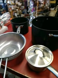 Pots and Pans Non Stick 9 pcs. San Leandro