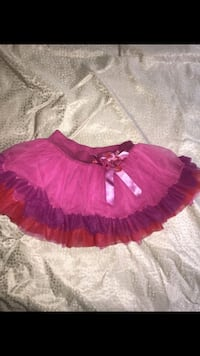 girl's red and white tutu dress Los Angeles, 91401