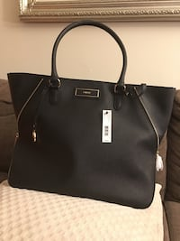 Dkny purse brand new. best offer