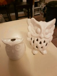 Potpourri ceramic owls.
