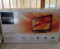 Sony 32 inch TV in original box and remote included Falls Church, 22043