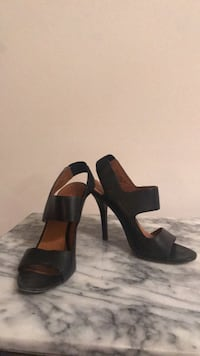 Michael Kors black leather pumps Toronto, M6J 2M3
