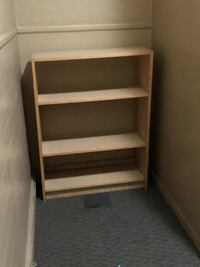 Medium sized book shelf Ottawa, K1N 7E4