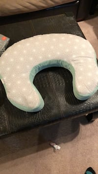 boppy pillow comfort harmony Baltimore, 21214