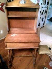 Antique desk Middletown, 45042