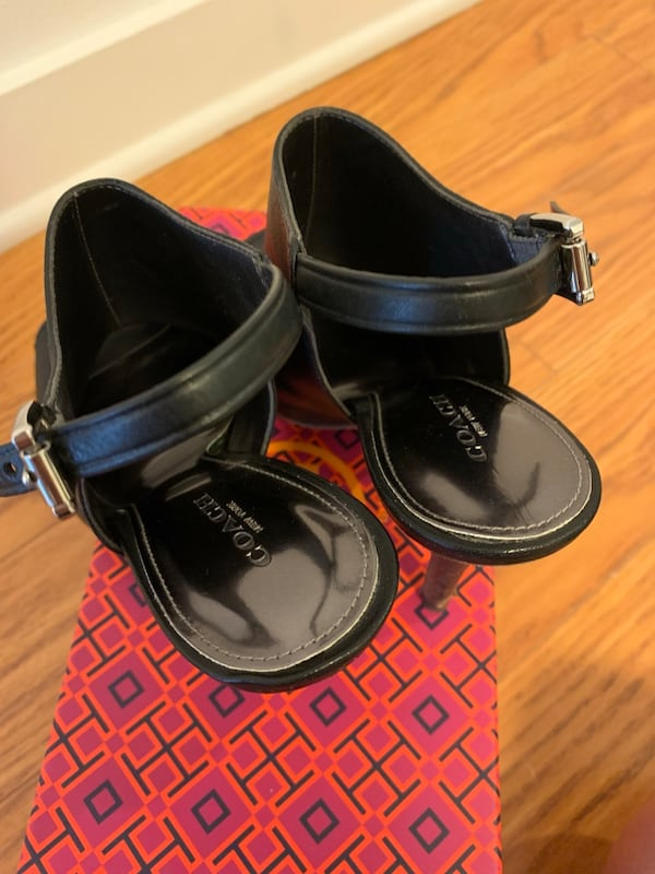 Coach Women's Black Heels / booties in size 6 (like new!) 739ac589-6754-4da6-a7f5-b381ec0f6e5c