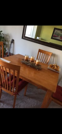 Dinning table McLean