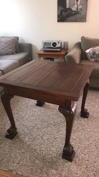 square brown wooden coffee table Perris, 92571