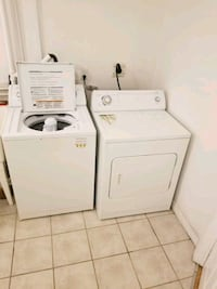 Whirlpool Washer & Dryer in excellent condition! Toronto, M9C 4W4