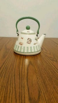 Teapot never used 9 in Mounds View, 55112