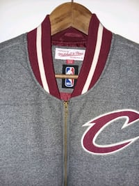 NEW Mitchell and Ness Cavs Vest, mens Large 301 mi
