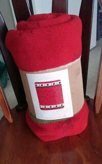 Reversible Bright Red Plush Jacquard Berber Throw/50 x 60 Gaithersburg