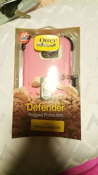 Otterbox pink and white smartphone case Kingman, 86409