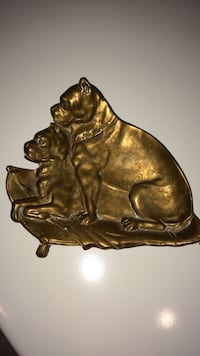 Beautiful Brass Two Dogs Decor LOWERED PRICE!!! Aquebogue