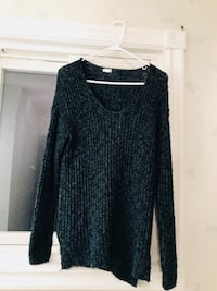 GARAGE XS/S long sleeved knit shirt