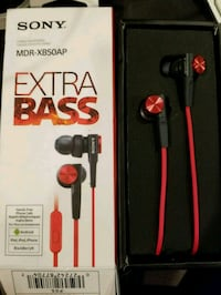 Sony Extra Bass headphones Langley, V3A 4A4