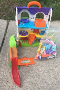 Go Go Smart Wheels playhouse