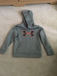 Gray under armour pullover hoodie Barrie, L4N 8S9