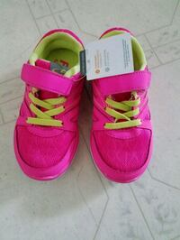 New pair of pink child's tennis shoes  Grandview, 98930