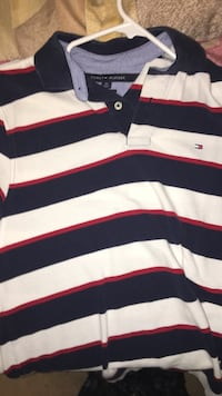 Men's Small vintage Tommy Hilfiger polo shirt Cambridge, N1T 1Y5