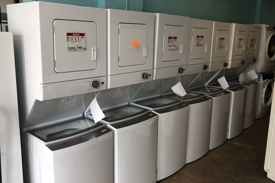 """New Whirlpool 24"""" stackable washer and dryer(Electric-110volt) a1657cd7-b1d7-46d9-a5aa-17c80ca54f8e"""