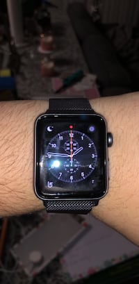 Apple Watch Series 3 GPS (with strap) 38 mm (lightly used for 5 months. Great battery life and no scratches. Looks new.) Manassas, 20110