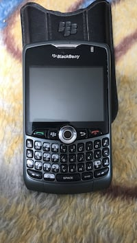 Black nokia candy bar phone Winnipeg, R2P 0B6