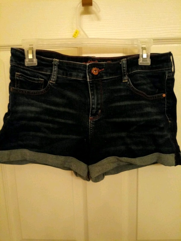 Used Teen Arizona Short Shorts Size:13
