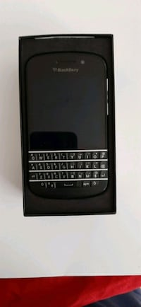 Blackberry 9900. Locked to Bell. Can be unlocked